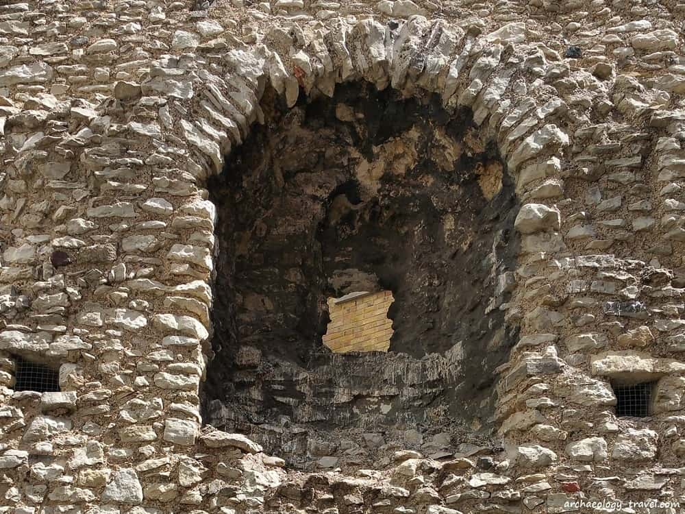 An archer's loophole at the Cooper's Row section of the City Wall of London.