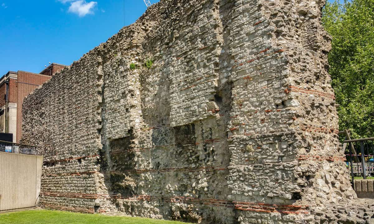 The section of the Roman wall of London at Tower Hill.