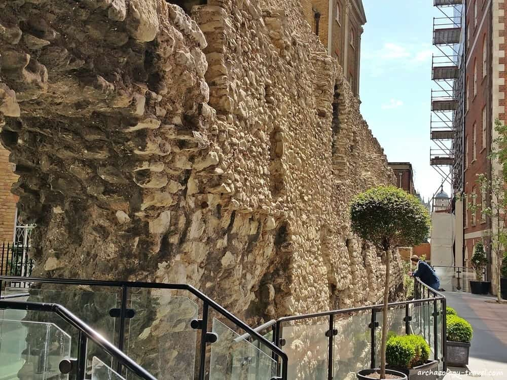 Looking along the Cooper's Row section of the London city wall.
