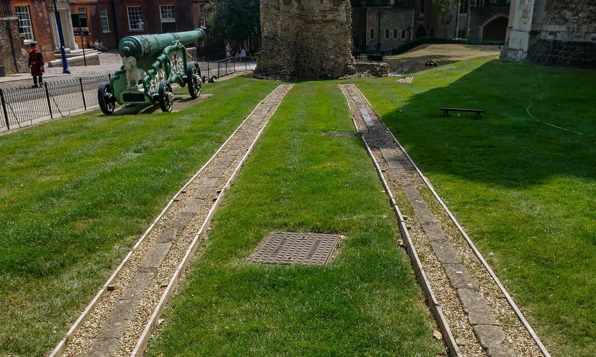 The path of the Roman wall within the tower of London.