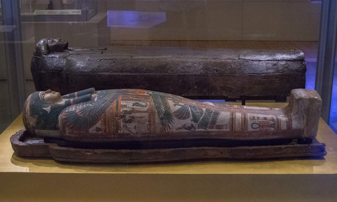 """A Museum Without a Mummy …"""