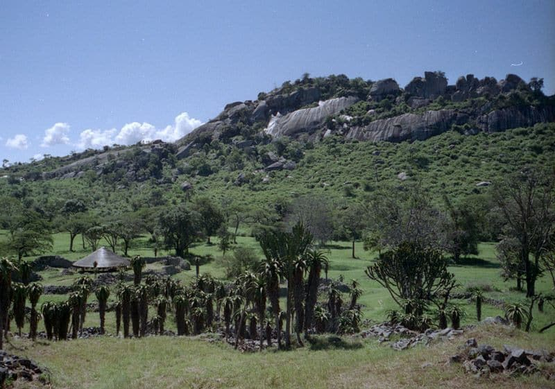 Great zimbabwe ruins archaeology travel the hill complex at great zimbabwe sciox Image collections