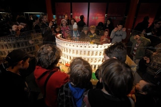 Archaeology Travel | The Colosseum ... in Lego, Downunder | 2