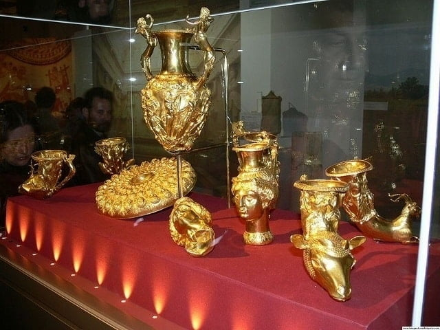 Thracian gold from the National Historical Museum in Bulgaria