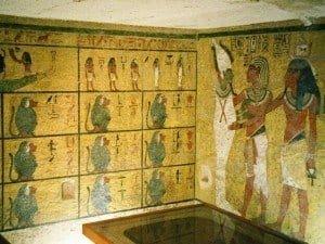 Tutankhamun's tomb interior artwork
