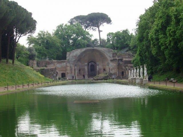 Hadrian's Villa by day