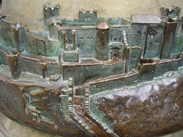 carcassonne-bronze-model-detail