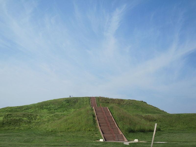 Cahokia Mounds State Historic Site Archaeology Travel