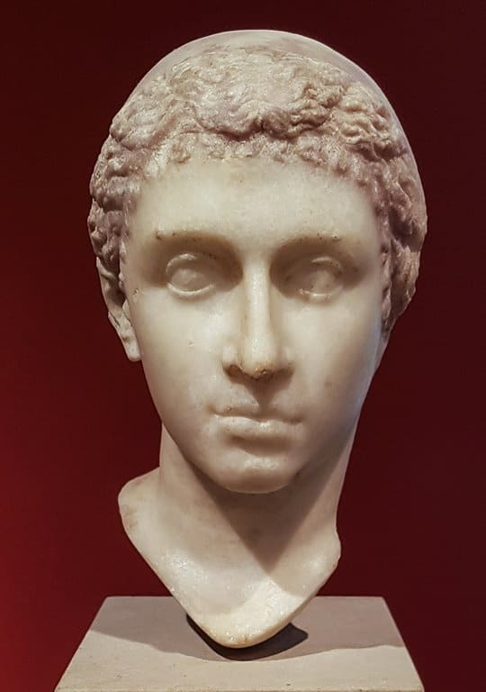 Marble portrait of Cleopatra in the Altes Museum, Berlin.
