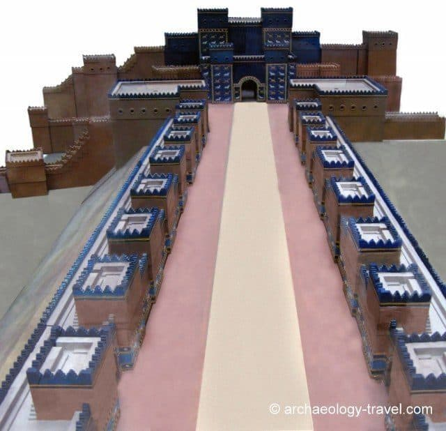 A model of the Ishtar Gate and Processional Way in the Pergamon Museum, MuseumInsel in Berlin.