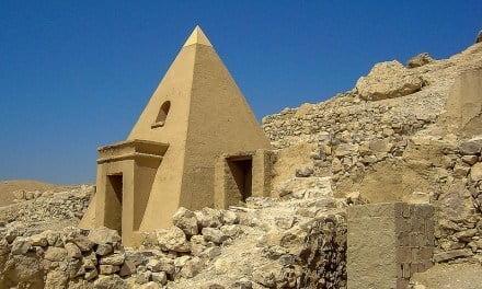 Travelling to Luxor? Don't Miss Deir el-Medina