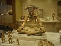 Archaeology Travel | Art Institute of Chicago, Illinois | 8