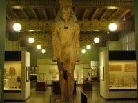 Colossal statue of Tutankhamun.