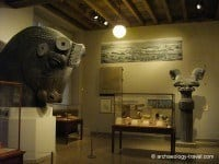The Persian Gallery with a colossal bull head.