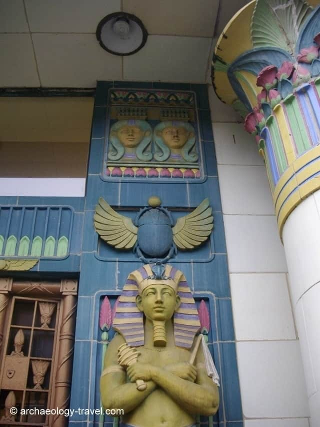 Detail of the decorations above one of the statues of Ramses.