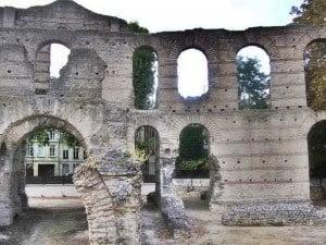 Remains of the Roman amphitheatre in Bordeaux.