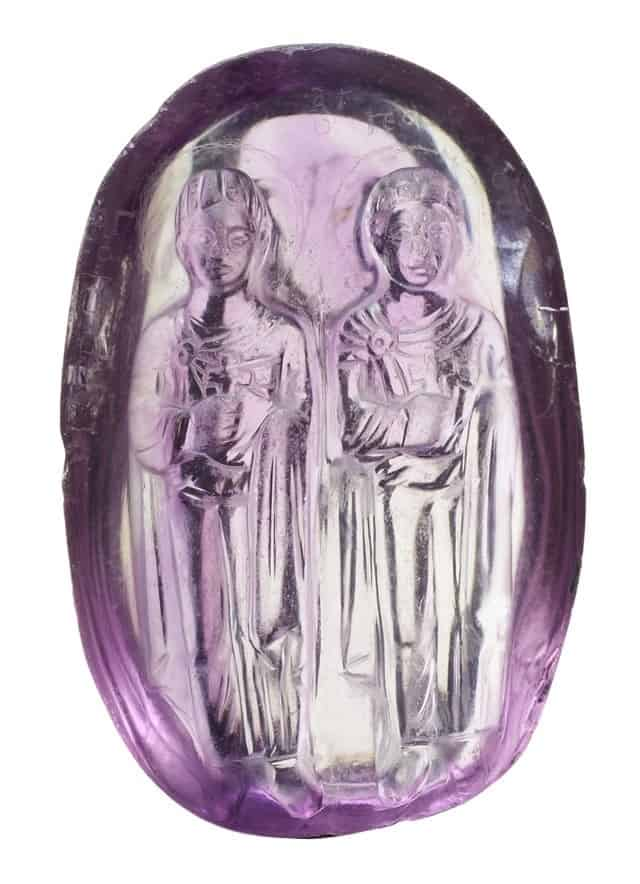 A cameo in amethyst of Byzantine age.