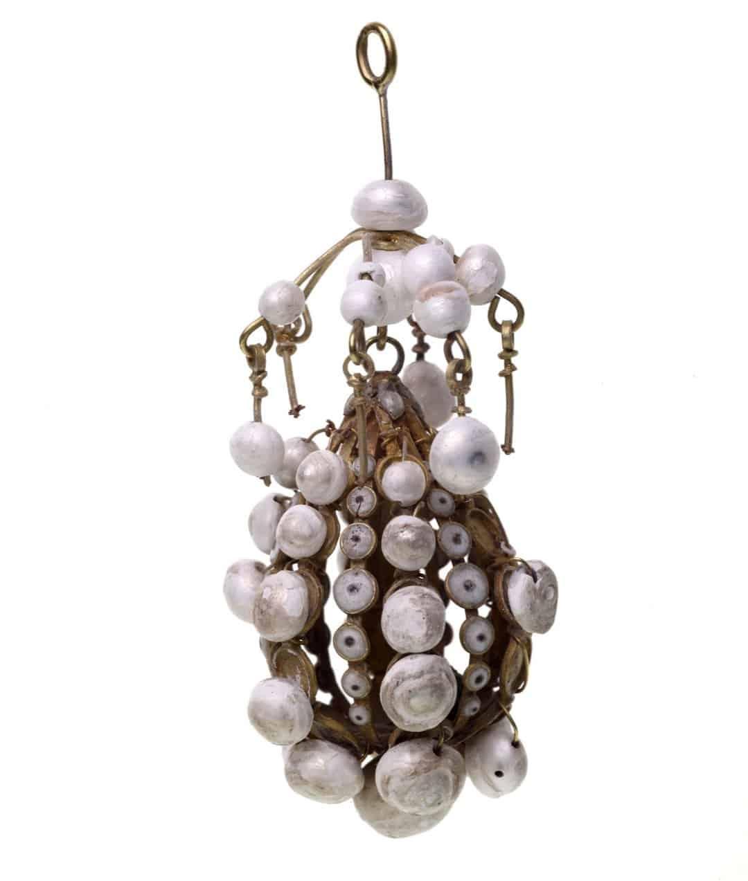 A delicate pendant pearl cage.