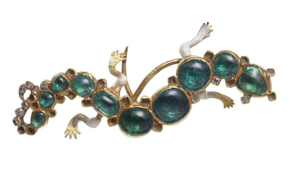 The salamander brooch viewed from above.