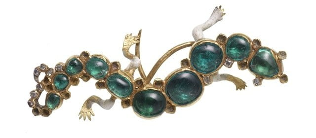 The salamander brooch