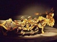 A gold diadem.