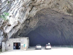The enormous entrance to the cave of Bédeilhac.