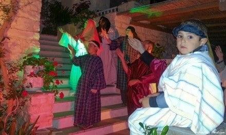 Anaparastaseis: Bringing Religious Icons Alive Through Tableaux Vivants on Paros