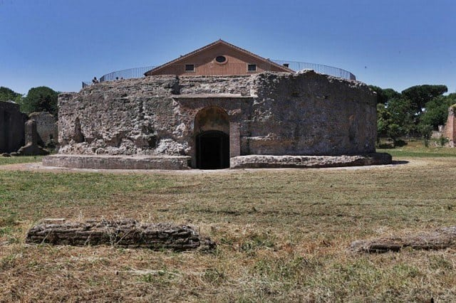 The circular tomb, thought to be the mausoleum of Romulus. © La Repubblica