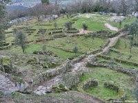 The hill-top, Iron Age settlement of Citânia de Briteiros, Portugal © jlrsousa - Wikimedia