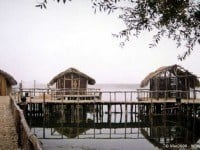 The reconstructed lakeside Neolithic settlement near Dispiliou © Vlas2000 - Wikipedia