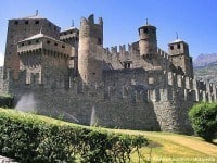 Fénis Castle, Aosta Valley in Italy © Redmarkviolinist - Wikipedia