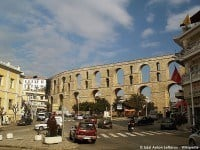 The aqueduct running through the centre of Kavala © Edal Anton Lefterov - Wikipedia