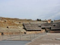The Roman amphitheatre in Pozzuoli, Italy. © Miguel Hermoso Cuesta - Wikimedia.