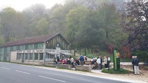 Queueing to buy tickets for Font de Gaume, September 2015.