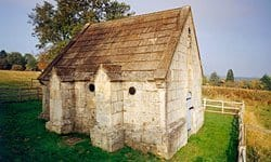North Hinksey Conduit House is a remnant of Oxford's first piped water supply.
