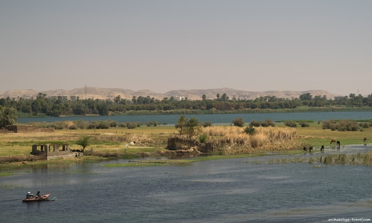 Smallscale farming on the islands of the Nile.