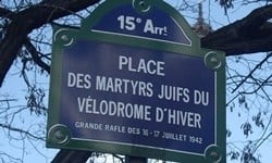 A sign at Place des Martyrs-Juifs-du-Vélodrome-d'Hiver in memory of the Jews rounded up by the Nazis. Photograph © Mu/Wikimedia