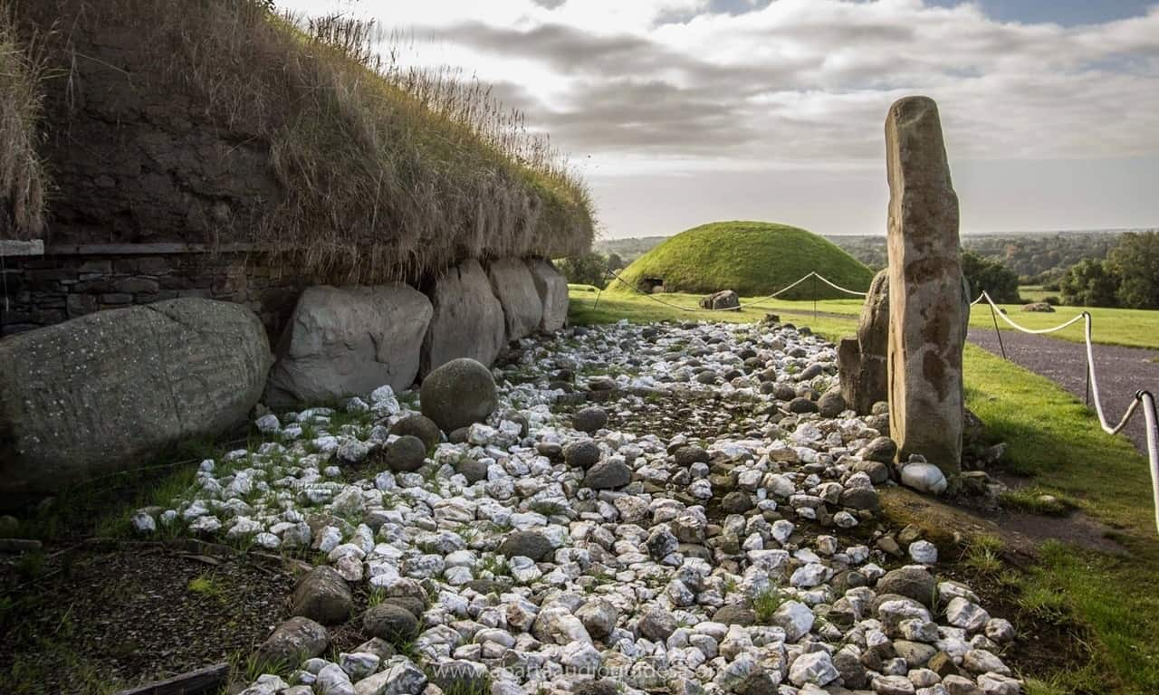 The prehistoric tomb complex of Knowth, Boyne Valley. Photograph © Abarta Audio Guides