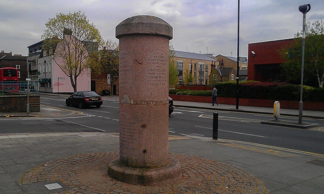 The Brentford Monument on the High Street, commemorating significant historical events in Brentford's past.