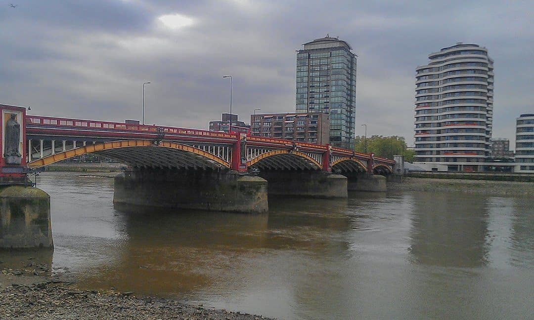 The location of the Mesolithic Timbers on the banks of the Thames River at Vauxhall Bridge.