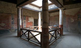 A courtyard in Villa San Marco, Stabiae.