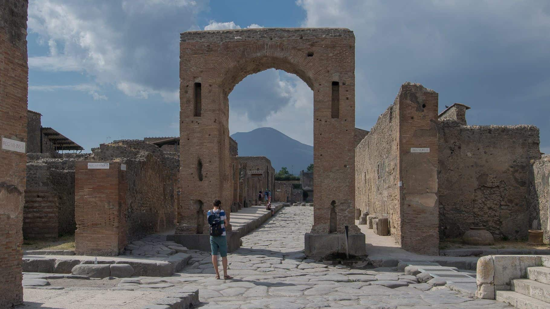 Ticket Tips for Pompeii, Herculaneum & Other Ancient Sites in Naples