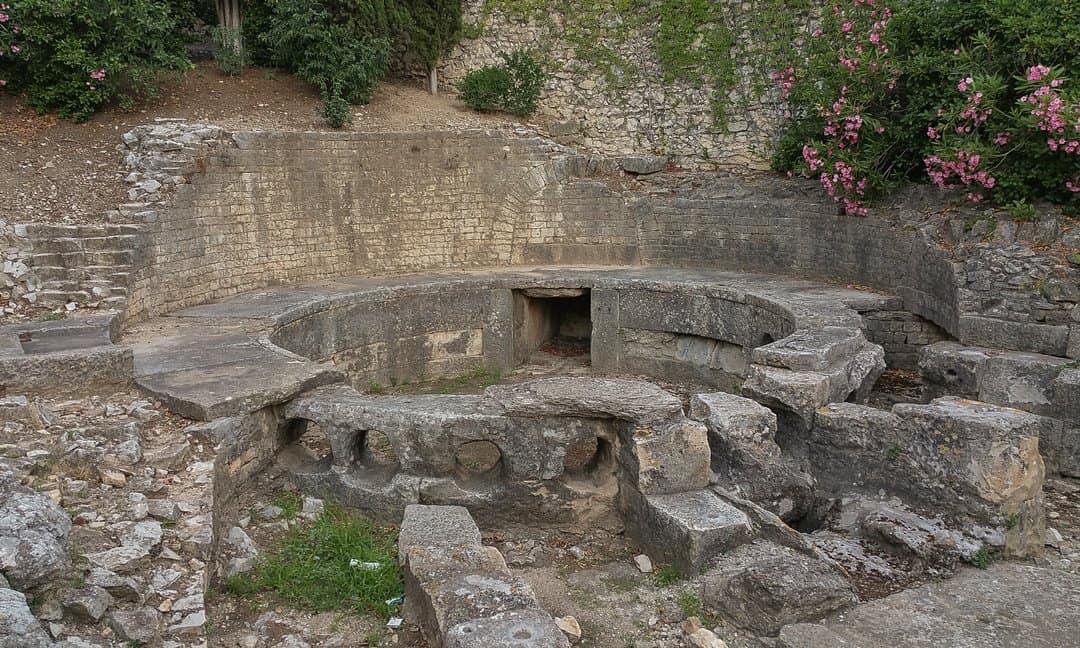 Castellum Aquae or castellum divisorium, Nîmes.