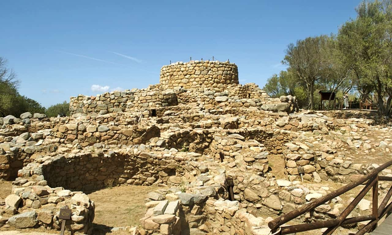 Nuraghe La Prisgiona, Sardinia: Discovering the Archaeology of an Incredible Nuragic Village