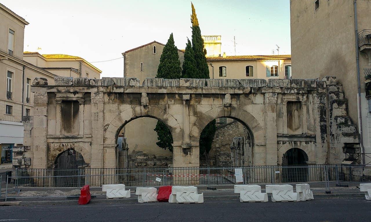Porta Augusta, Nîmes.