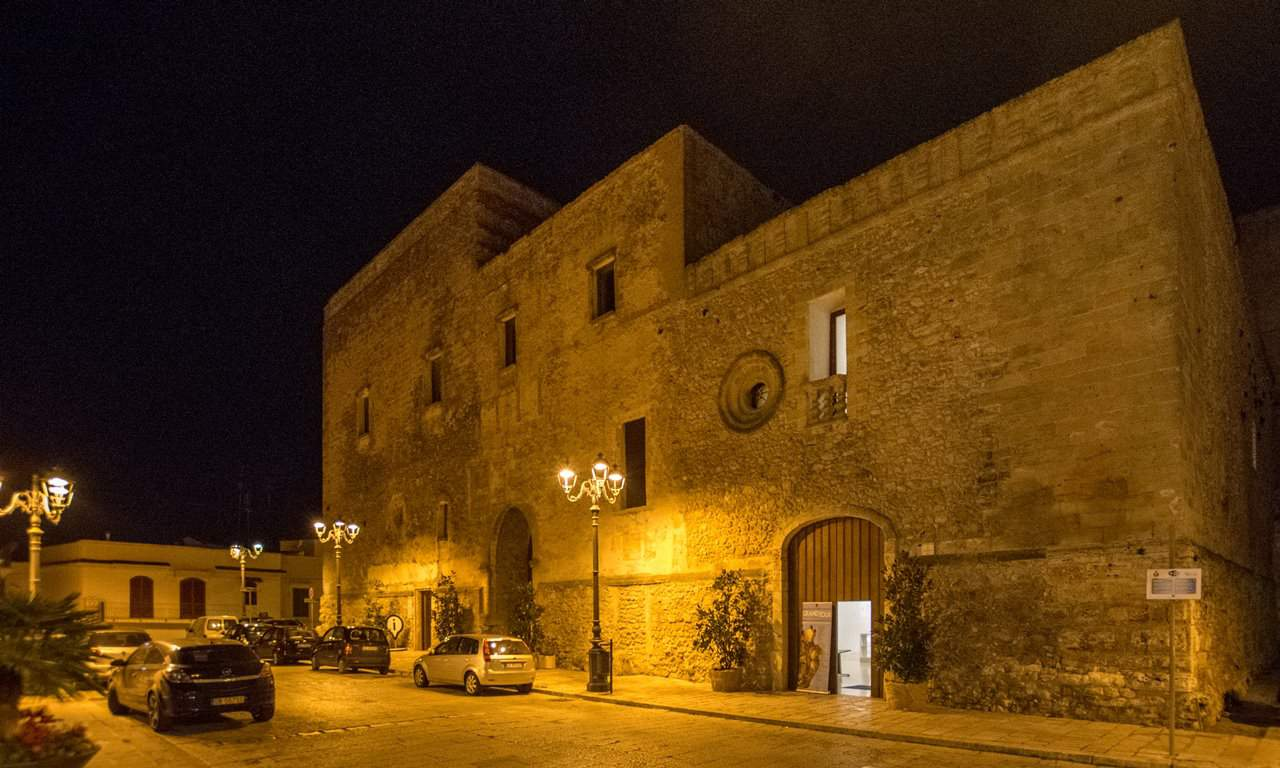 Laterza By Night, A Walking Tour of the Centro Storico