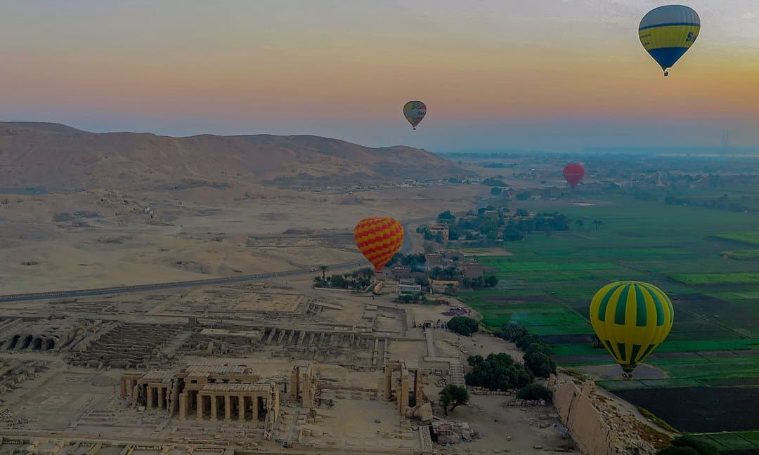 Hot air balloon ride over the west bank of Luxor.
