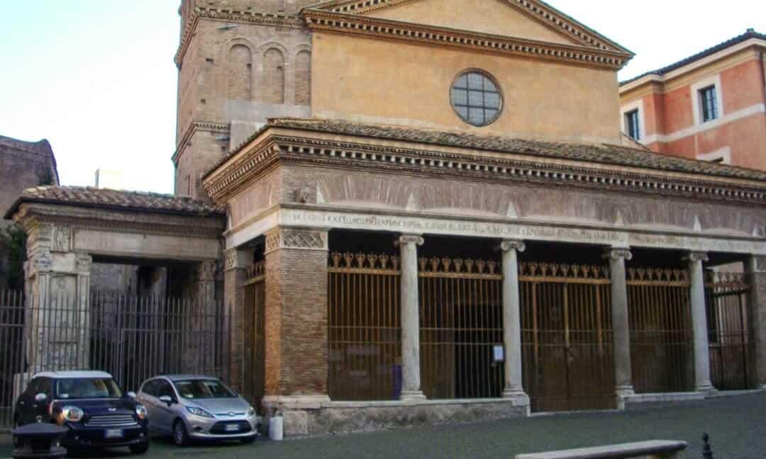 Archaeology Travel | Mercantile Fora Tiber River | 2