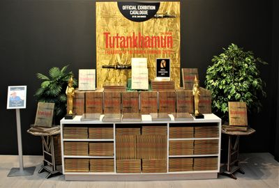 A display of exhibition catalogues in the shop at the Tutankhamun Exhibition in LOndon.