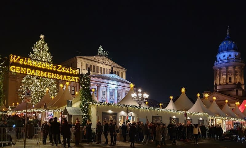 The Christmas market at the Gendarmenmarkt in Berlin.